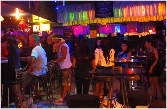 The Bali Review Kuta's Best Party Spots